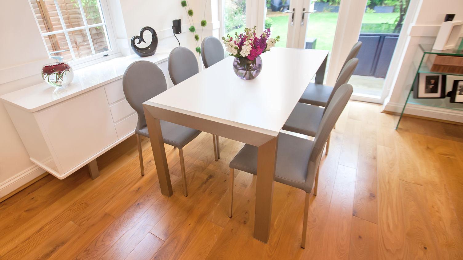 set kursi makan minimalis