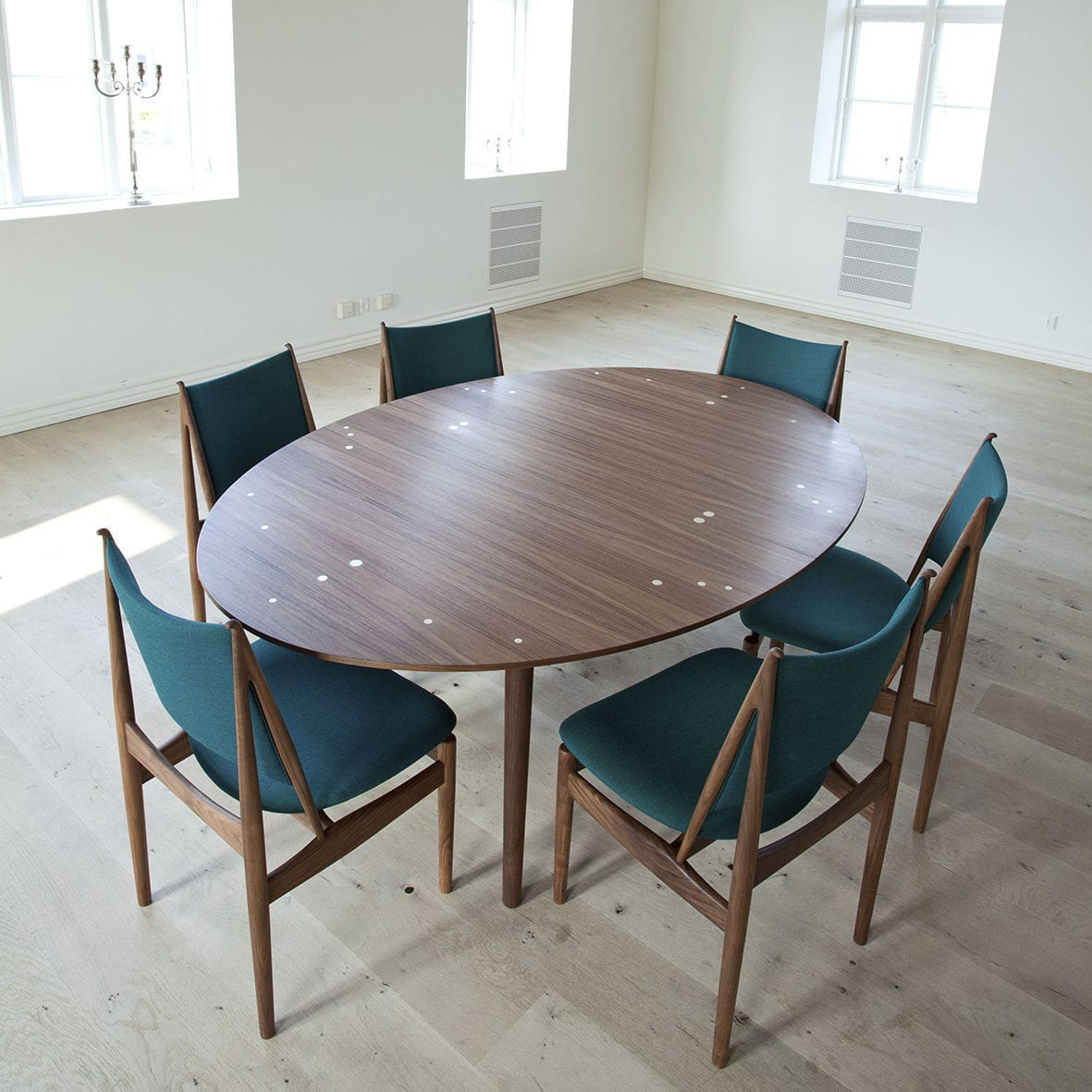 Set meja makan oval jepara modern minimalis