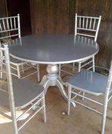 Kursi makan tiffany warna silver