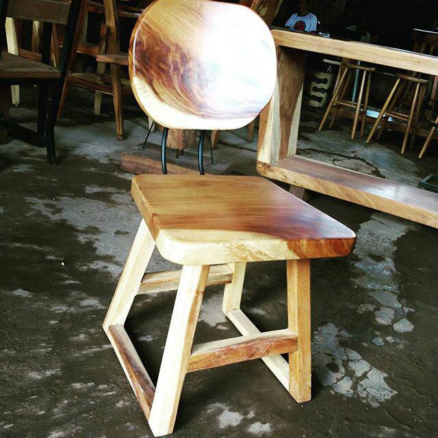 Kursi cafe kayu trembesi