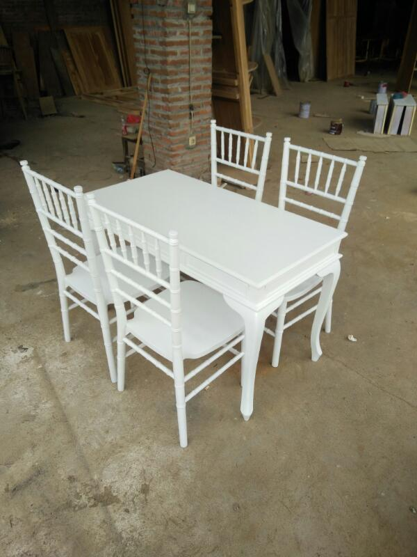 Set kursi meja akad pernikahan